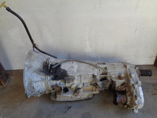 02 Jeep Liberty Transmission and Transfer Case