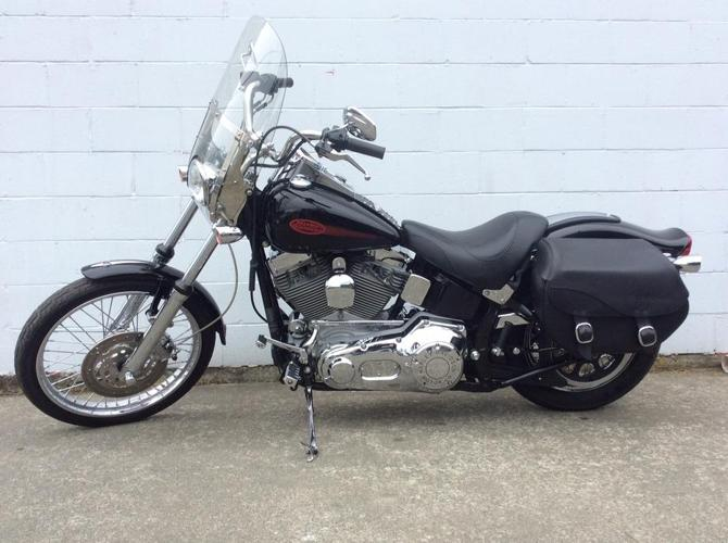 $10,900 · 2005 Harley Davidson Softail Standard with extras