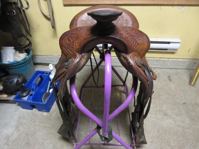 "15"" 127 F. Eamor Quality Collection Saddle"