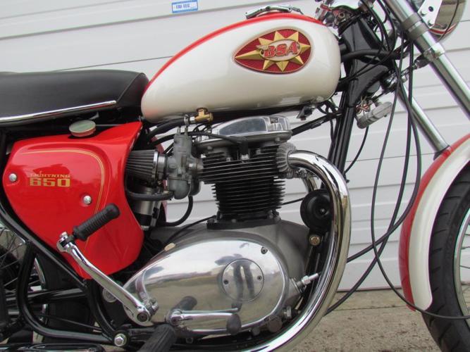 1969 BSA Lightning 650 Fully Restored Zero Km For Sale