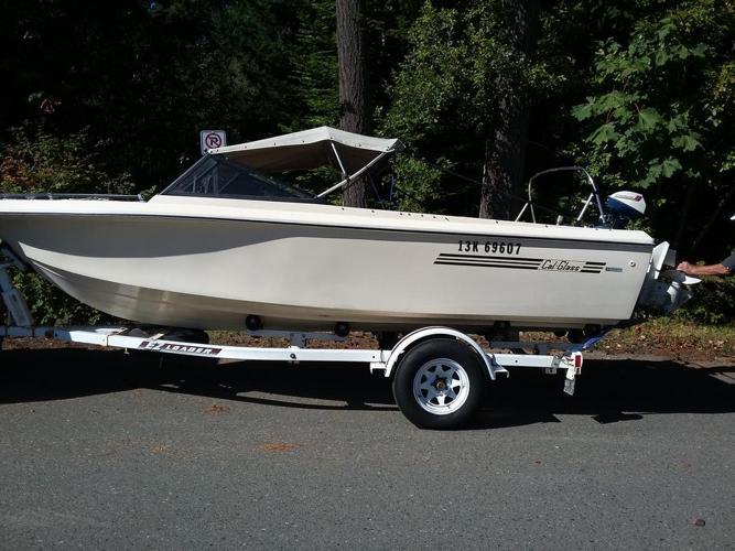 1975 Cal glass 18' Boat/motor/trailer