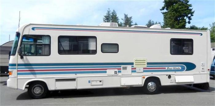 1995 Four Winds M-30Q -