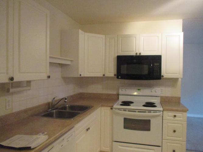2 bedroom ground level condo for sale 4720 uplands drive