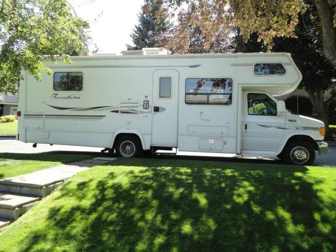 2004 Class C Travelaire Motorhome 28 5 foot for sale in