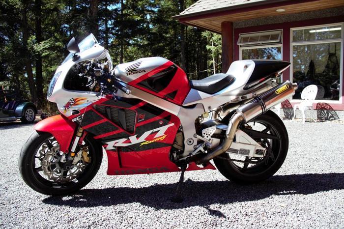 2004 Honda RC51 SP2  (RVT)