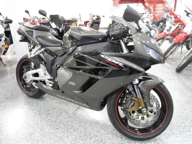 2005 Honda CBR1000RR TITANIUM