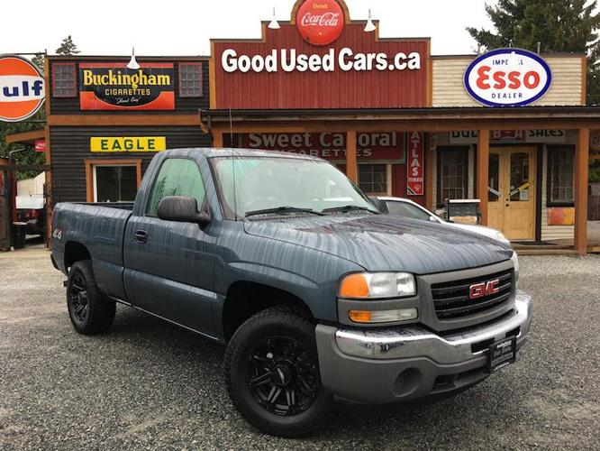 2006 GMC Sierra 4X4 V6 - Neat Single Cab Short Box