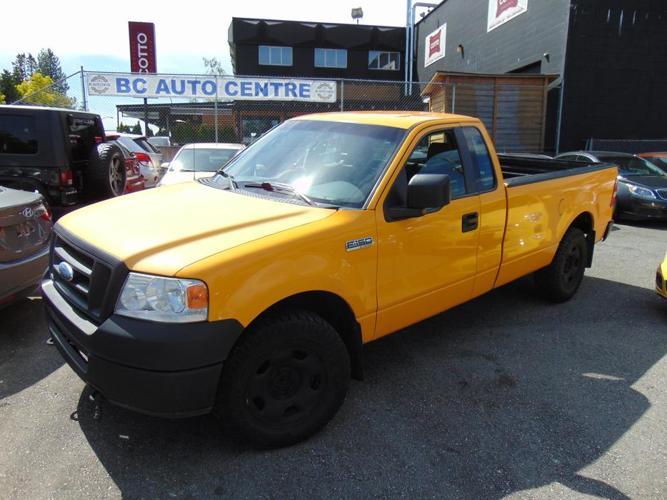 """2007 Ford F-150 4WD Reg Cab 126"""" XL"""