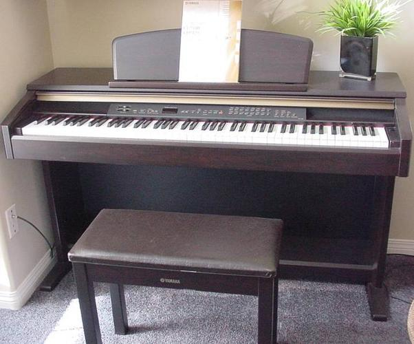 2007 yamaha clavinova clp 130 digital piano like new for