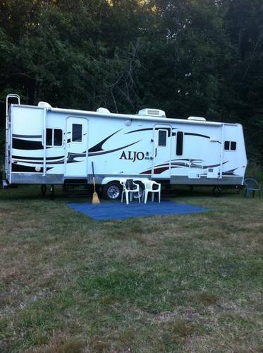 Creative  Trailer  5800  Penticton BC Canada  Fiberglass RV39s For Sale