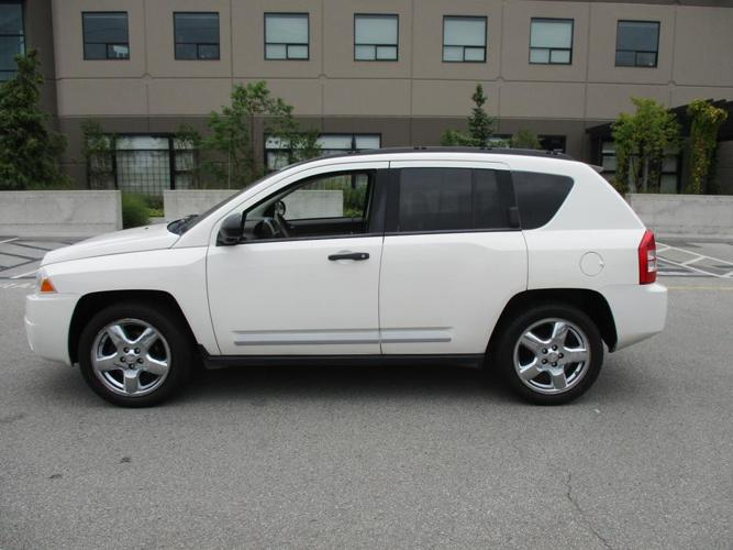 2008 JEEP COMPASS 4WD 4DR LIMITED, LEATHER LOADED