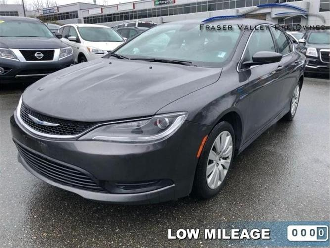 2015 Chrysler 200 LX  - Low KM - Low Payments!