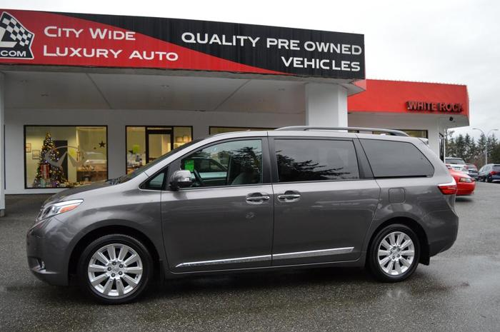 2015 Toyota Sienna Limited 7-Pass AWD (LOADED)
