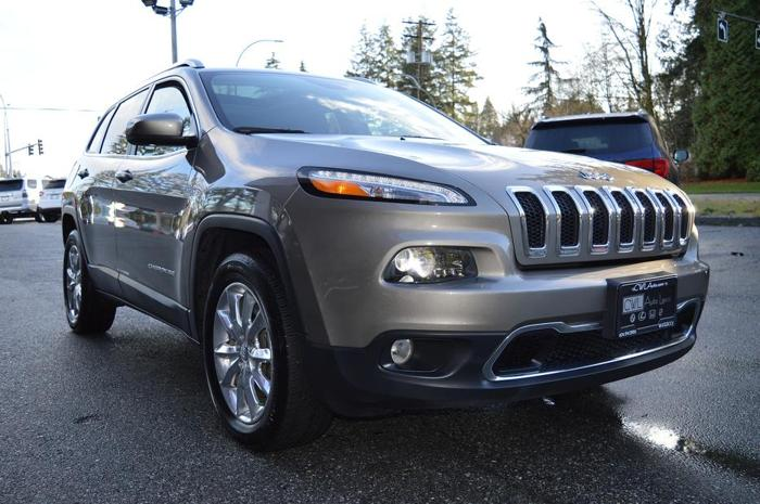 2016 Jeep Cherokee 4WD Limited *LOADED*