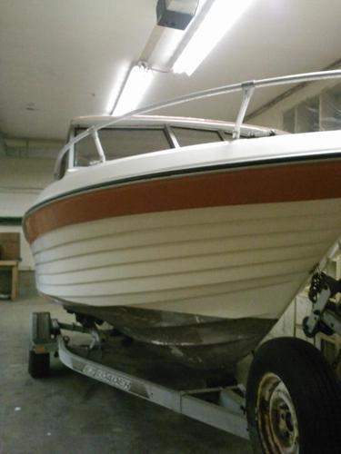 22 foot Bell Boy Boat