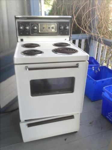 "24""Hotpoint stove $40 or bo."