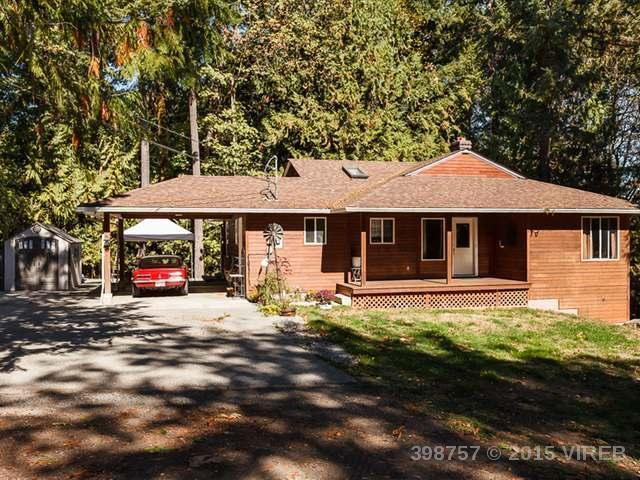 4 Bedrooms on 9+ Acres - 1950 Main Road