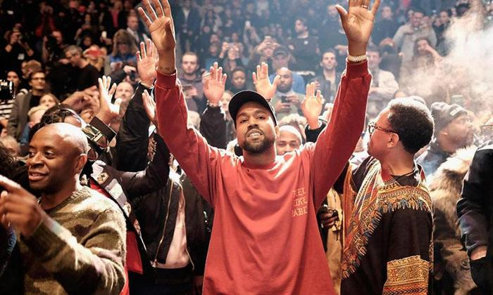 4 Kanye West St. Pablo Tickets for Sale / Oct 17 / Roger's Place - $200