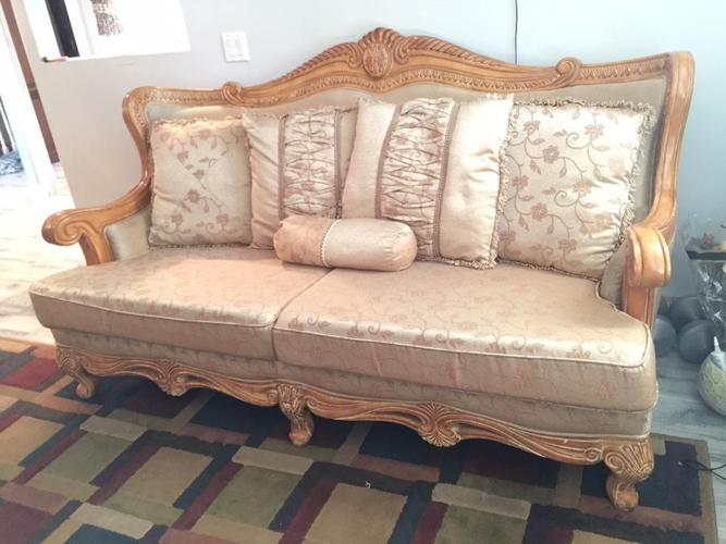 6pc living room sofa set with coffee tables