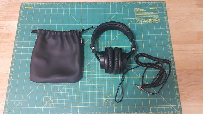 Audio Technica ATH M-50 Professional Studio Monitor Headphones