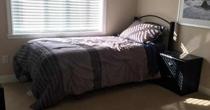 Bedroom suite set