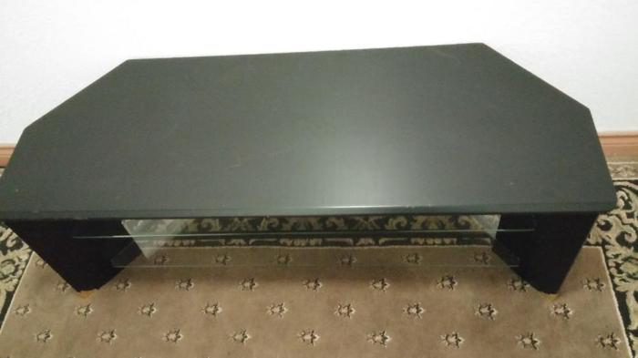 BLACK HEAVY DUTY T.V STAND ( WITH THICK GLASS SHELVE ) FIT LARGE T.V