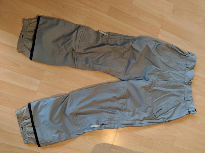 Burton snowboard pants - like new