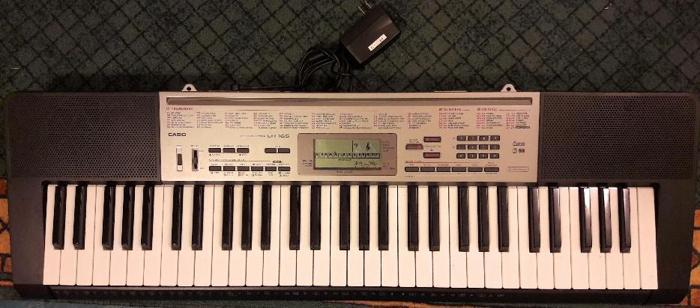 Casio LK165 61 Lighted Keyboard