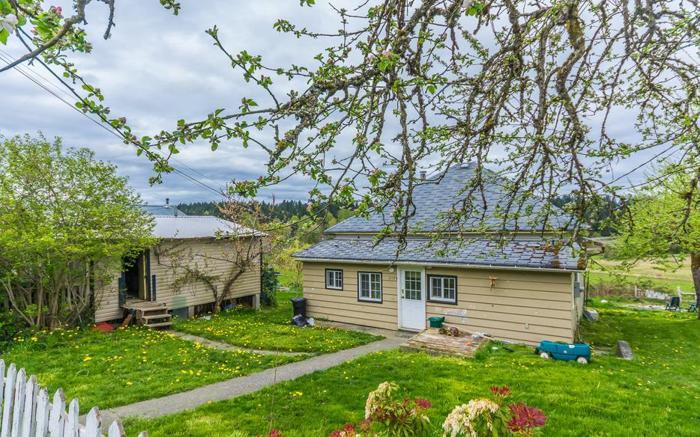 Country Home with Pastoral Views on 2 Lots 2154 Gomerich Road