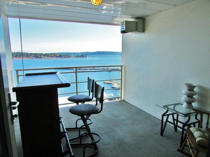 Downtown Oceanfront Condo - Stunning Views & Finishes