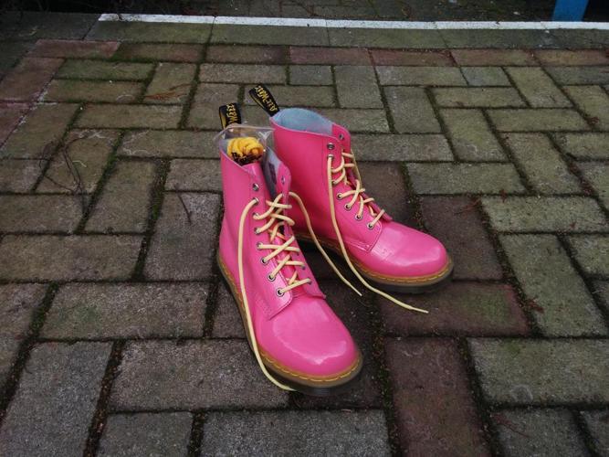 Dr Martens Pascel Boots