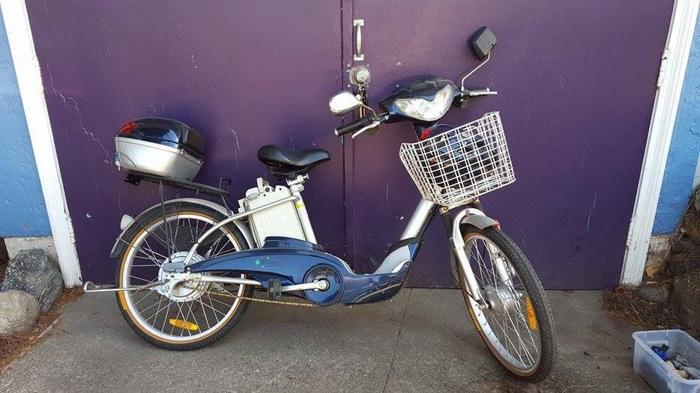 Electric bike/scooter excellent condition