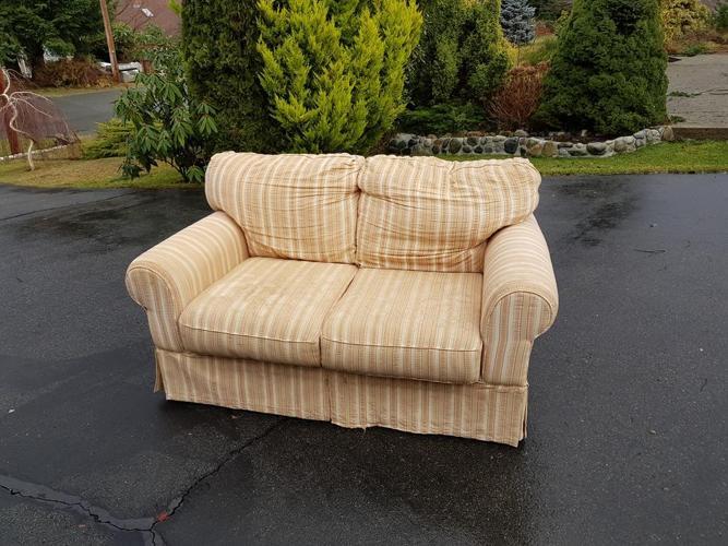 FREE: (Love seat )