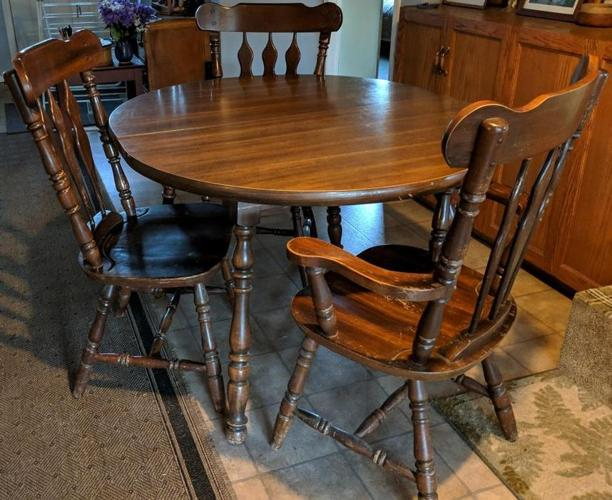 Free solid maple dining table and 5 chairs