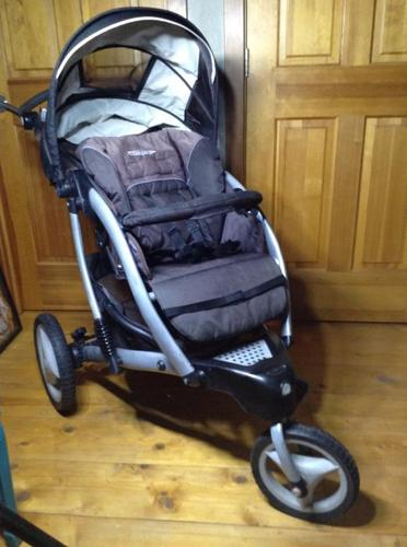 Graco 3-Wheeled Jogging Stroller