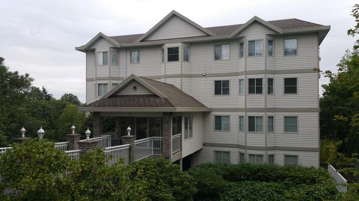Great Place, Great Value in Central Nanaimo!!!