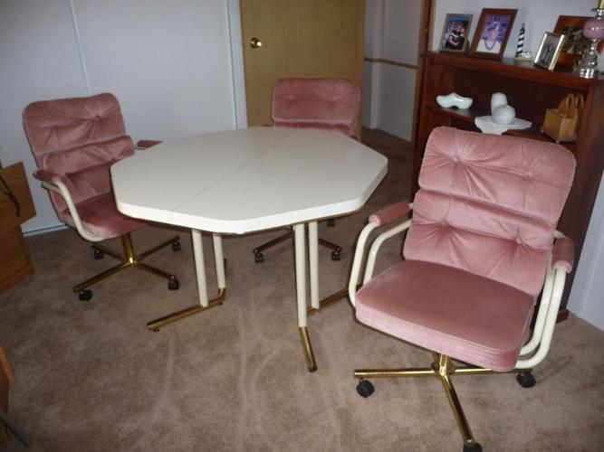 hexagon kitchen table w/ three swivel armchairs