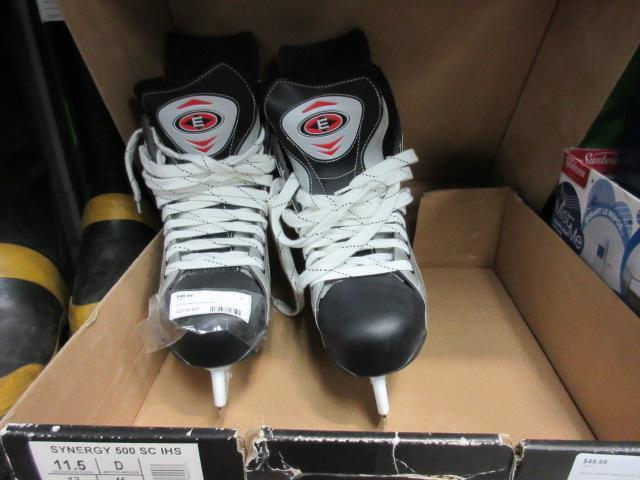 Hockey Skates  **Money Maxx**