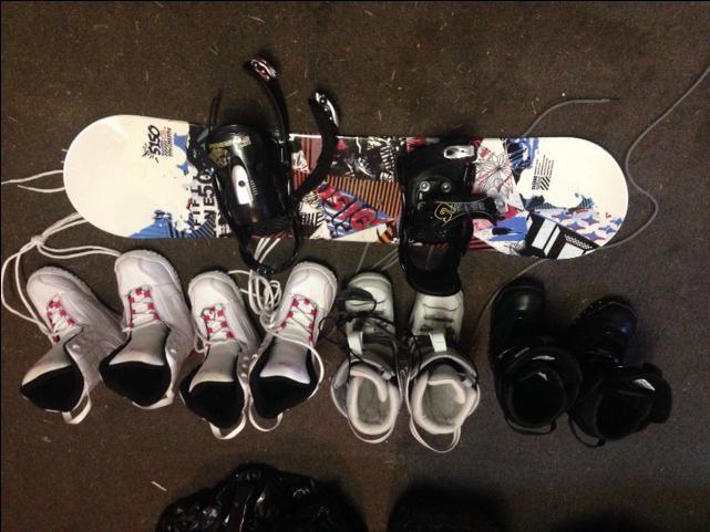 Kids snowbird and boots size 1,2,3