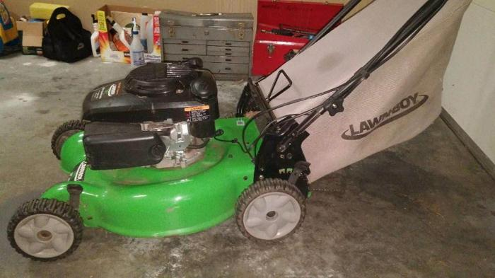 lawn boy top of line self propelled mower