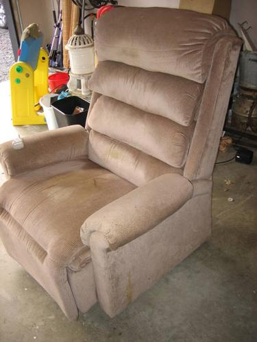 Lazy Boy Power Lift Recline Chair For Sale In Nanaimo
