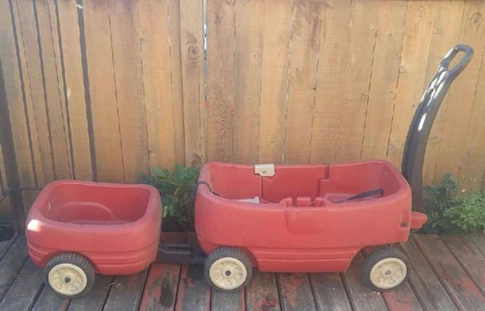 Little Tikes Wagon and Trailer