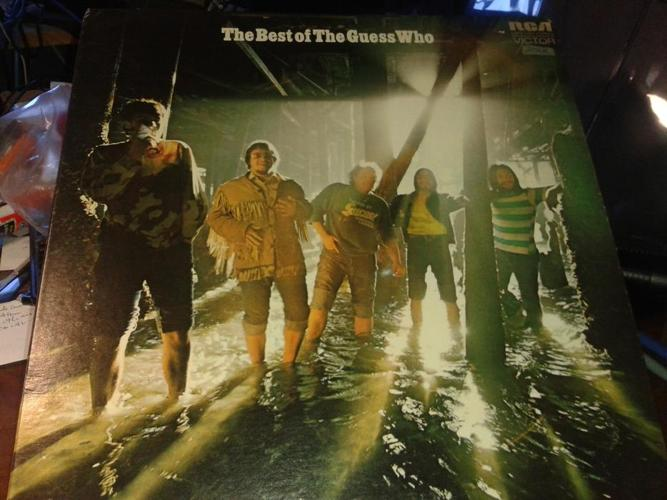 LP ALBUM - THE BEST OF THE GUESS WHO.