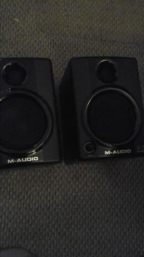 M-AUDIO POWERED STUDIO MONITORS