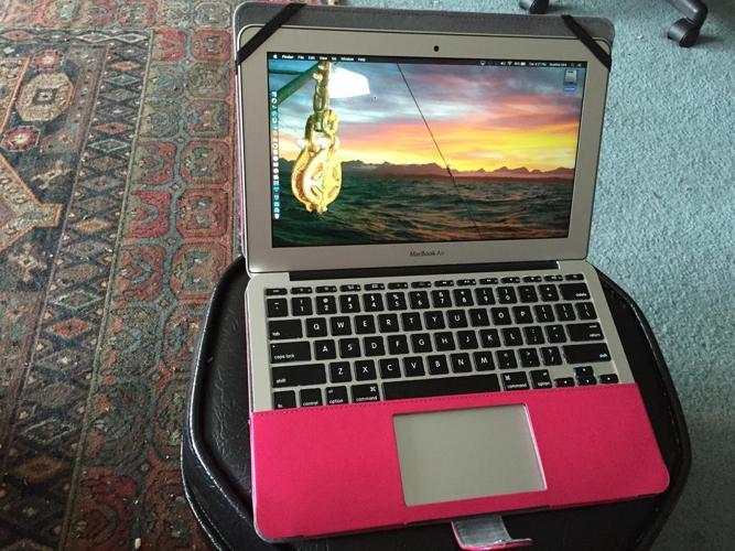 Maxed out !! MacBook Air 11-inch
