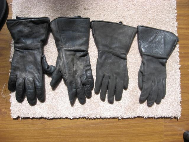 Men's medium and Ladie's small gloves