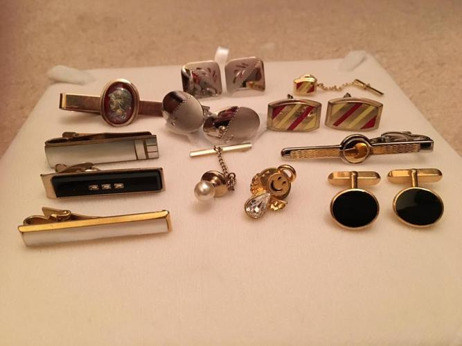 MID-1900s LOT of 8 TIEPINS & 4 PAIRS CUFFLINKS: MOTHER-OF-PEARL etc