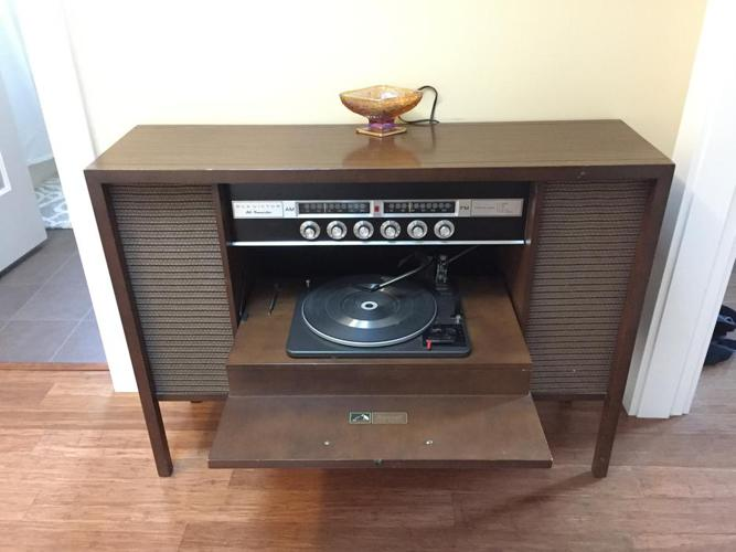 "Mid 50""s Sound System"