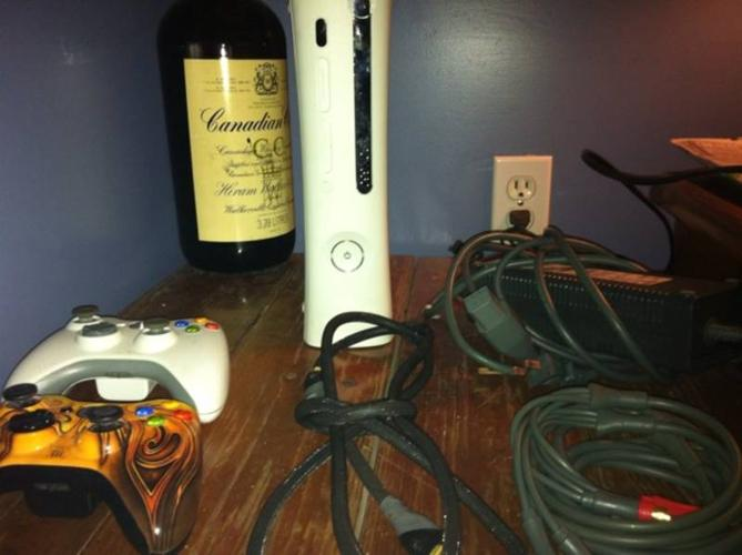 MOVING SALE= Xbox 360+ 14 games+ 2 controllers! MINT condition!
