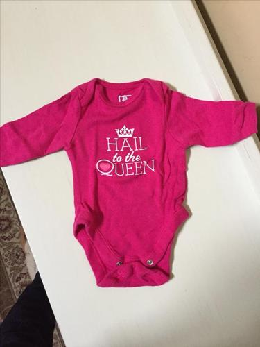 OLD NAVY BODY SUIT 0-3 MONTHS